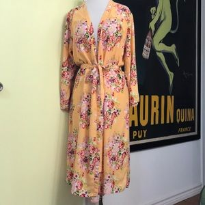Vintage peach floral glamour pin up burlesque robe